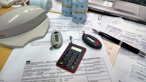 office-515984_1920